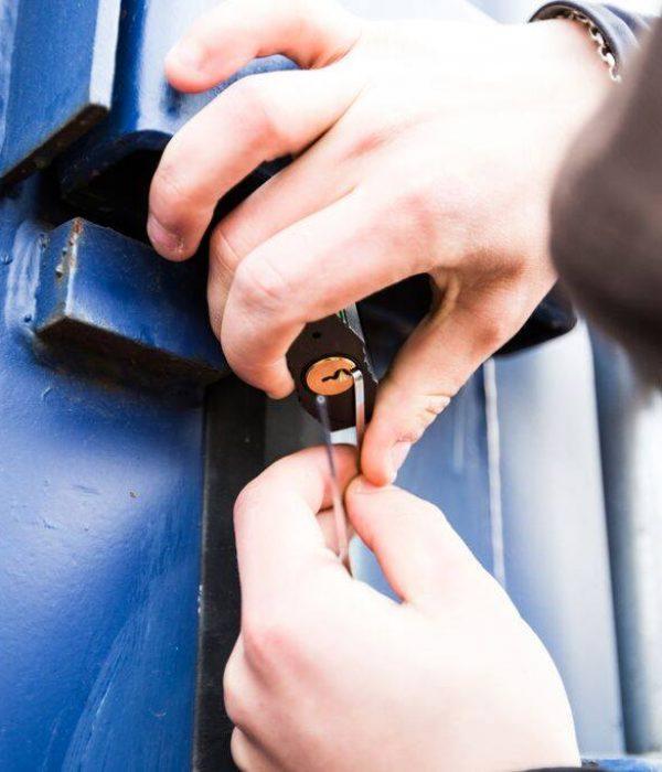 låsesmed i kbh dirker op låse