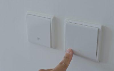 Lampeopsætning og opsætning af belysning ved autoriseret elektriker