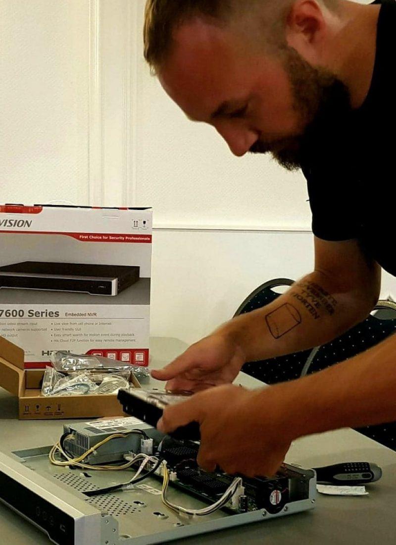 Norh elektriker nørrebro installerer overvågningkamera