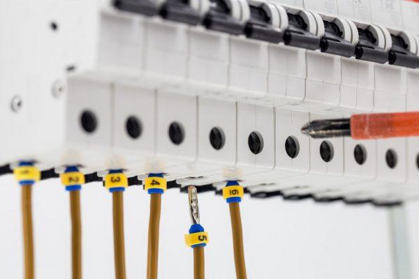 Vores elektriker Frederiksberg udskifter eltavle for kunde på Frederiksberg