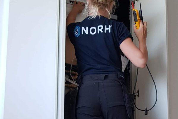 Sofia en kvindelig elektriker i København