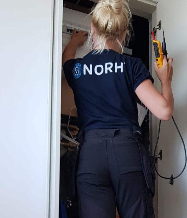 Sara kvindelig elektriker i København
